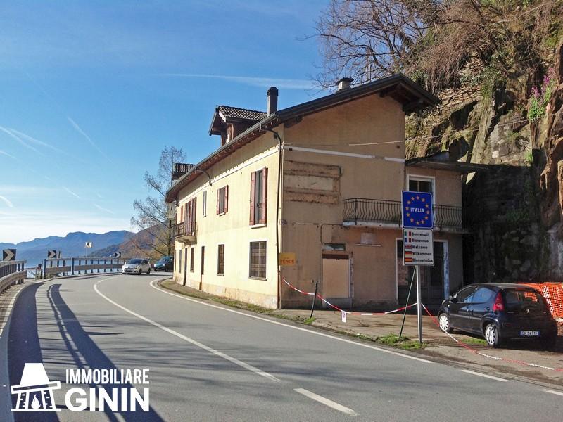 Attività commerciale, commercial activity, kommerzielle aktivität, Cannobio, Lago Maggiore, Maggiore See, Lake Maggiore